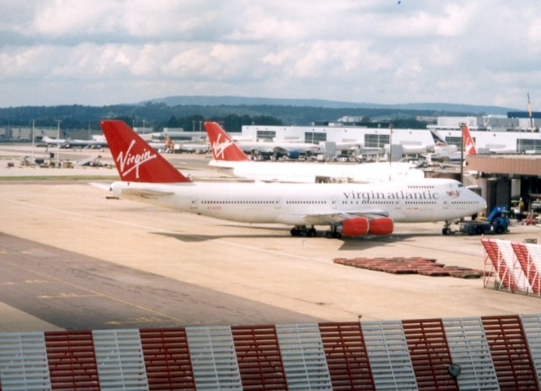 VS 747 (3), DL M11, BA 777, BA 734 (3) - London-Gatwick (LGW) - late 1990s, UK.