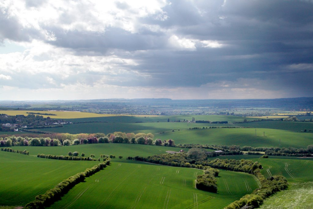 The view west from Dunstable Downs