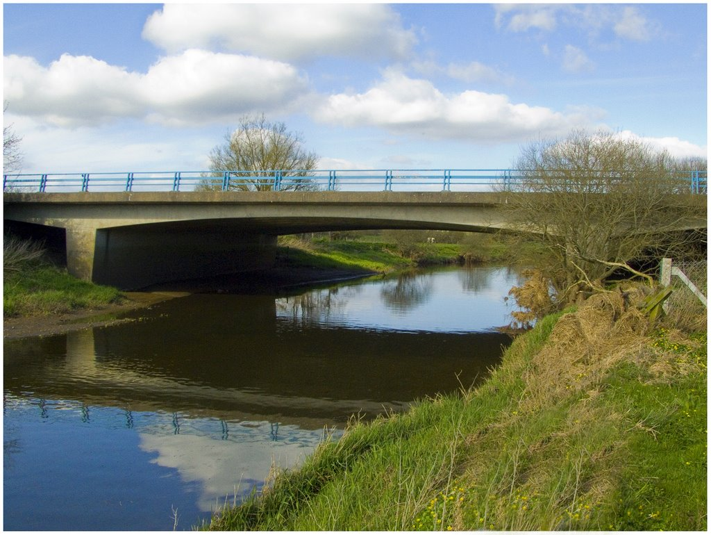 m1 bridge near moira