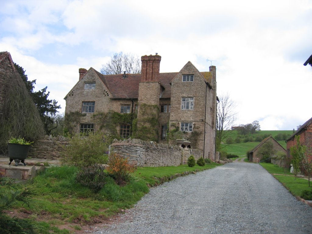 Reaside Manor Farmhouse (Grade II* Listed Building)