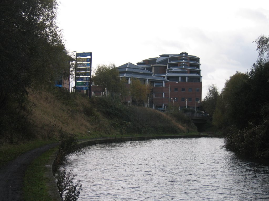 Dudley No.1 Canal at Merry Hill; site of the former Round Oak Steel Works.