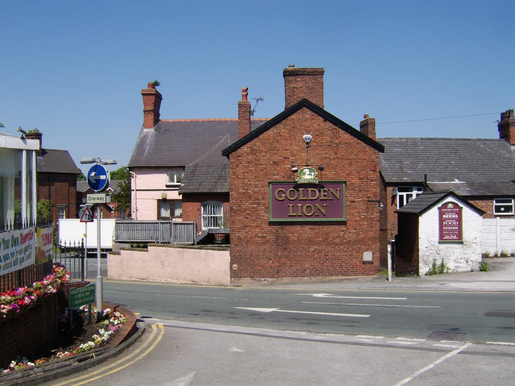 The Golden Lion, Middlewich