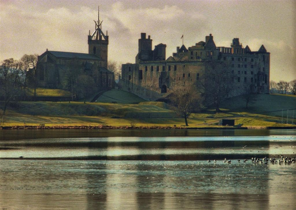 Linlithgow Palace & St Michaels Church
