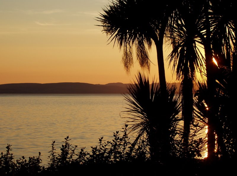 mb - 2005.07.11  Largs Sunset