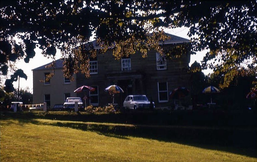 Belmont House in Banbridge (Nordirland 1975)