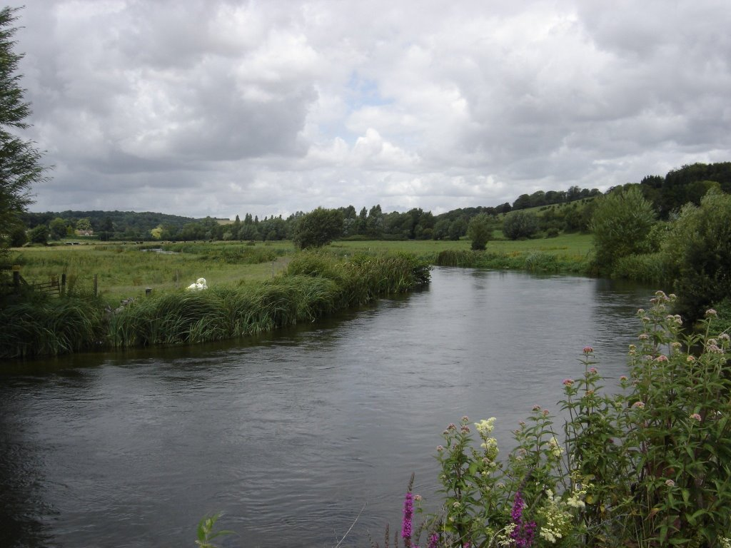 The Avon river at Stratford-sub-Castle.
