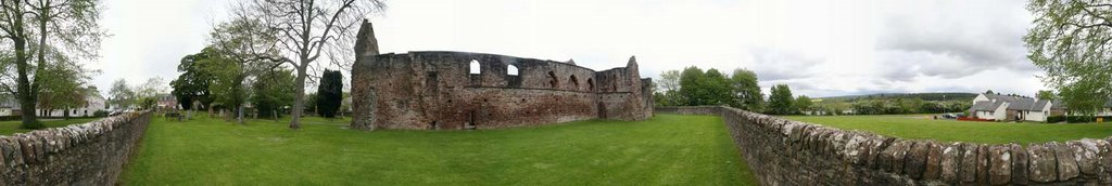 Beauly Priory - Outside Grounds