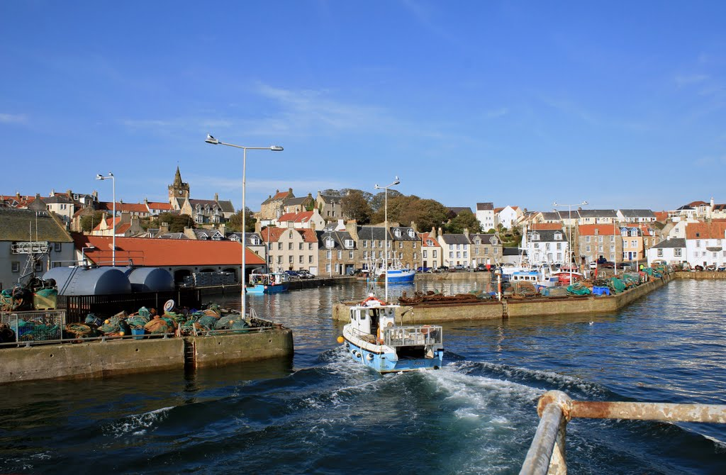 Coming in with the catch to Pittenweem fish market.