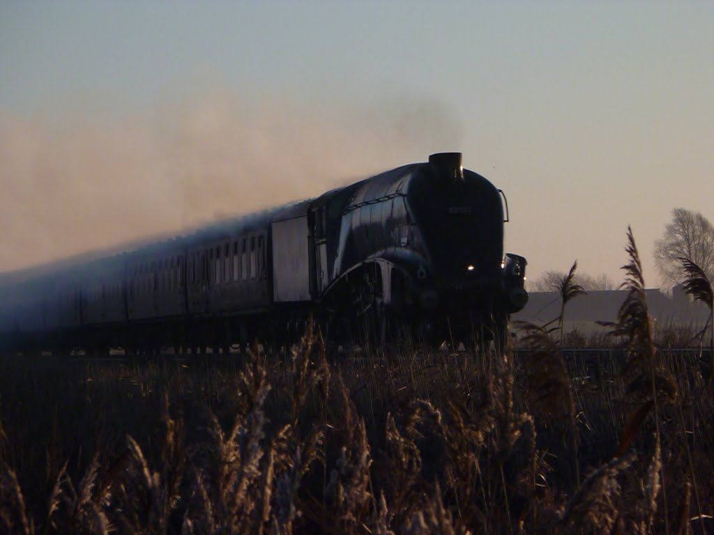 60007 coasting towards whittlesey on a cold winters morning