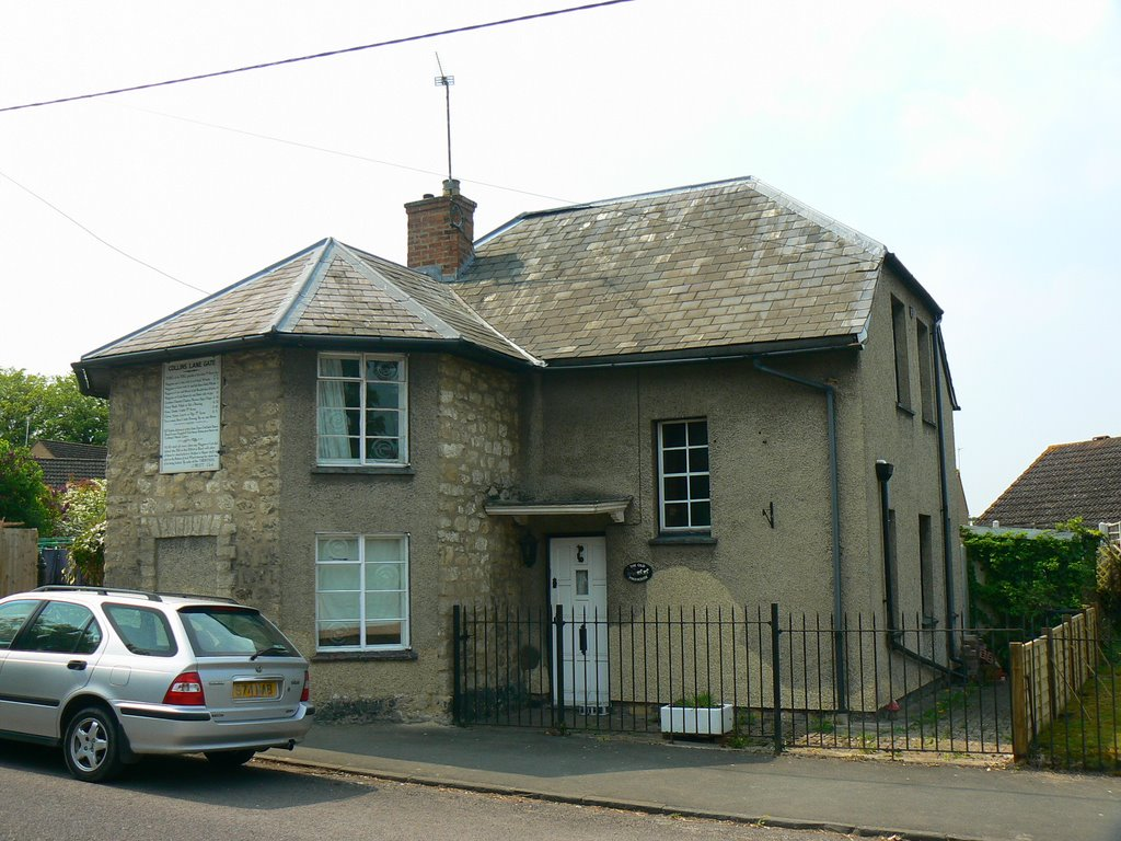 Old Pike House, Station Road, Purton