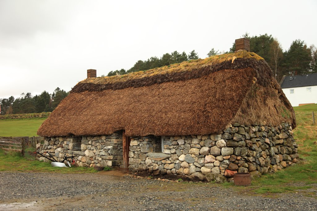 Historic house with thatched roof, in Newtonmore Folk Museum