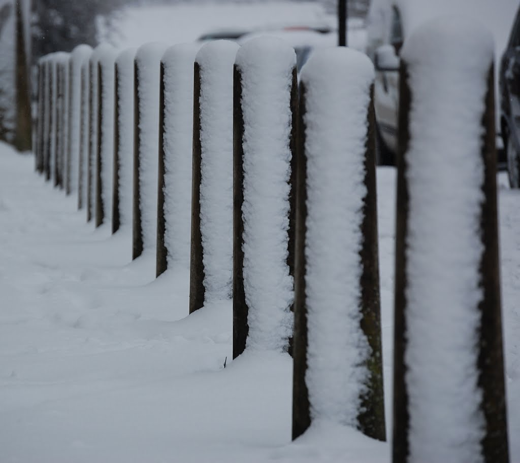 Snow on a pillars