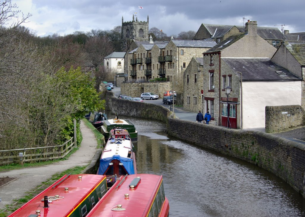 SKIPTON CANAL. NORTH YORKSHIRE