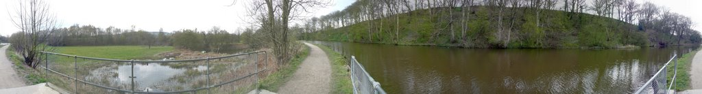 Chesterfield Canal, 360° panoramic.cs08