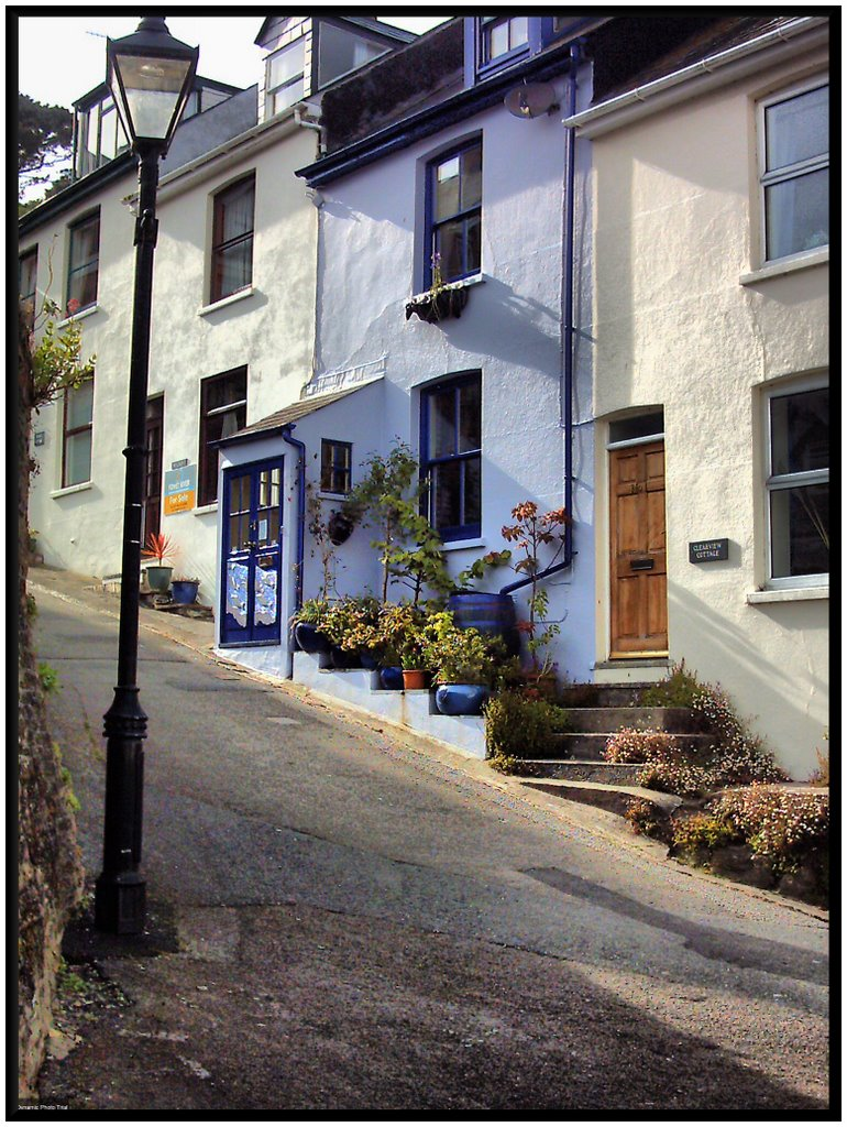 The steep and colourful streets of Fowey